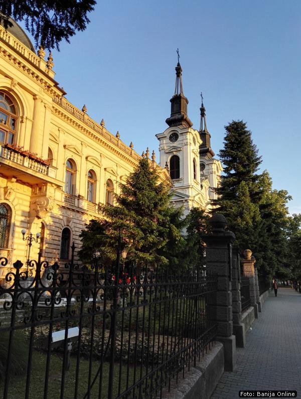 Zgrada Patrijaršije i Saborni hram Svetog Nikole u Sremskim Karlovcima