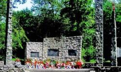 Spomenik u Banskom Grabovcu