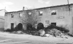 Ostaci doma kulture u Polači